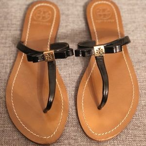 Tory Burch Thong Sandals (size 9)